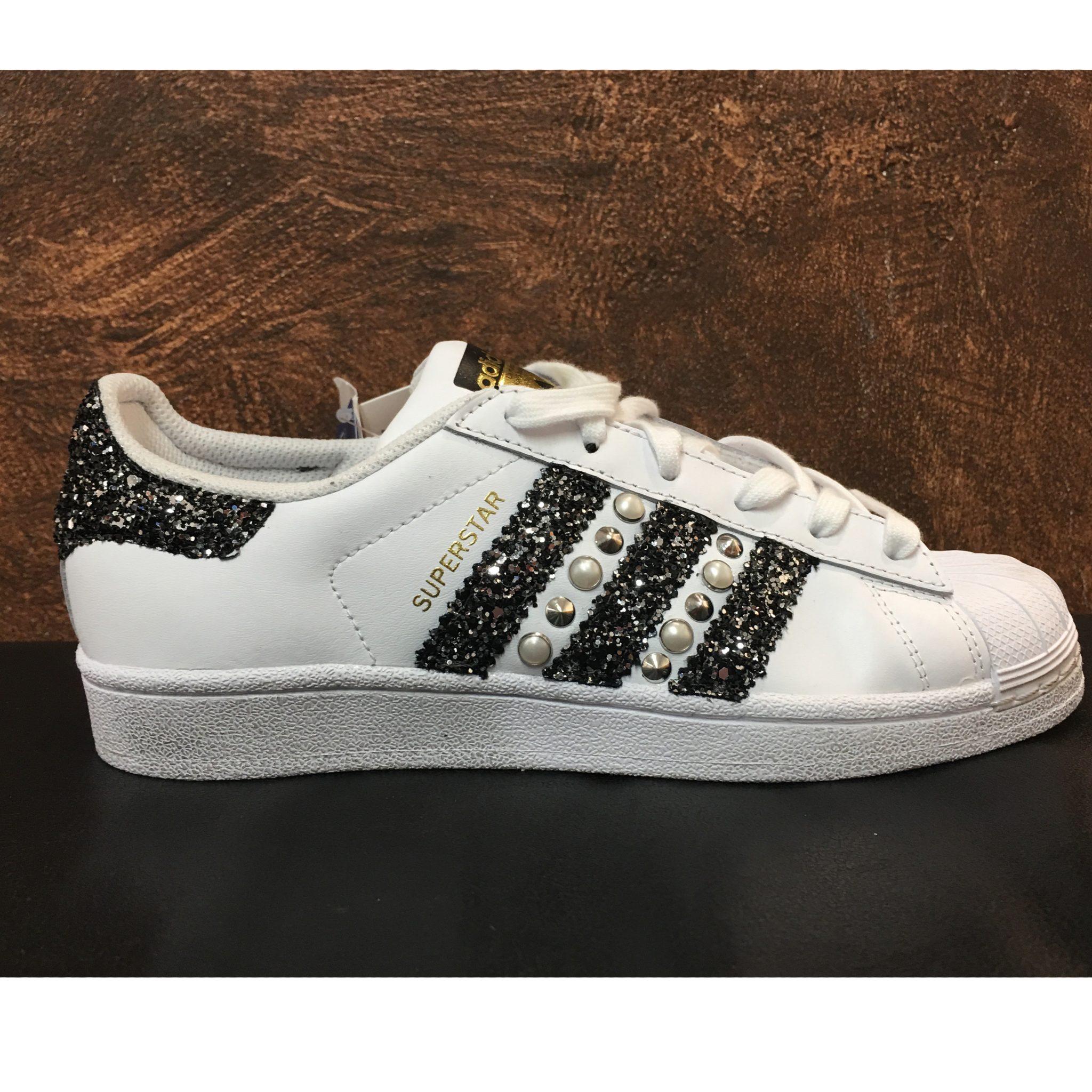 Acquistare > scarpe adidas superstar personalizzate 51