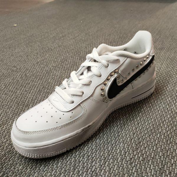NIKE PERSONALIZZATA - iulcalzolaioshop - nike - sneakers -